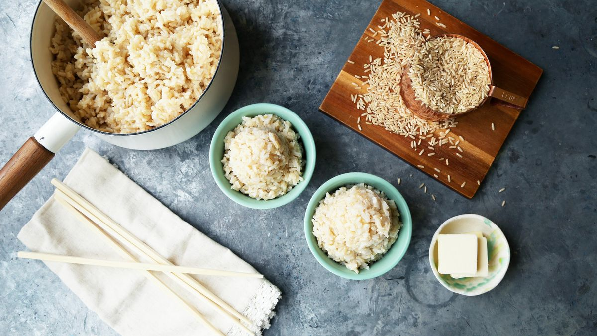 Take-out rice pales in comparison to this 🥡  Save the recipe for Perfect-Every-Time Brown Rice!