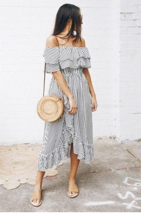 Boho dress and accessories style