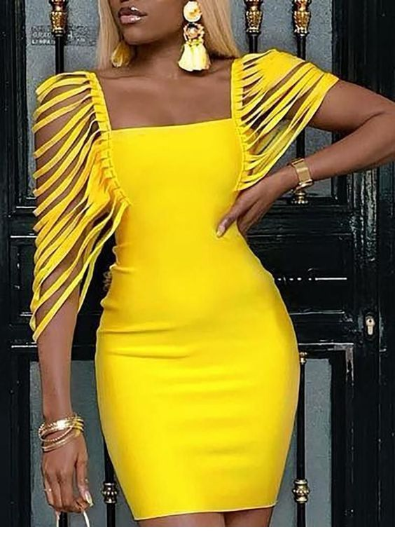 Cool yellow dress with many accessories