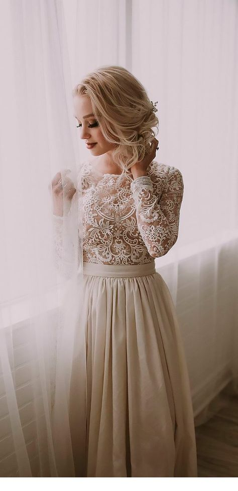 Nice dress with lace and tulle