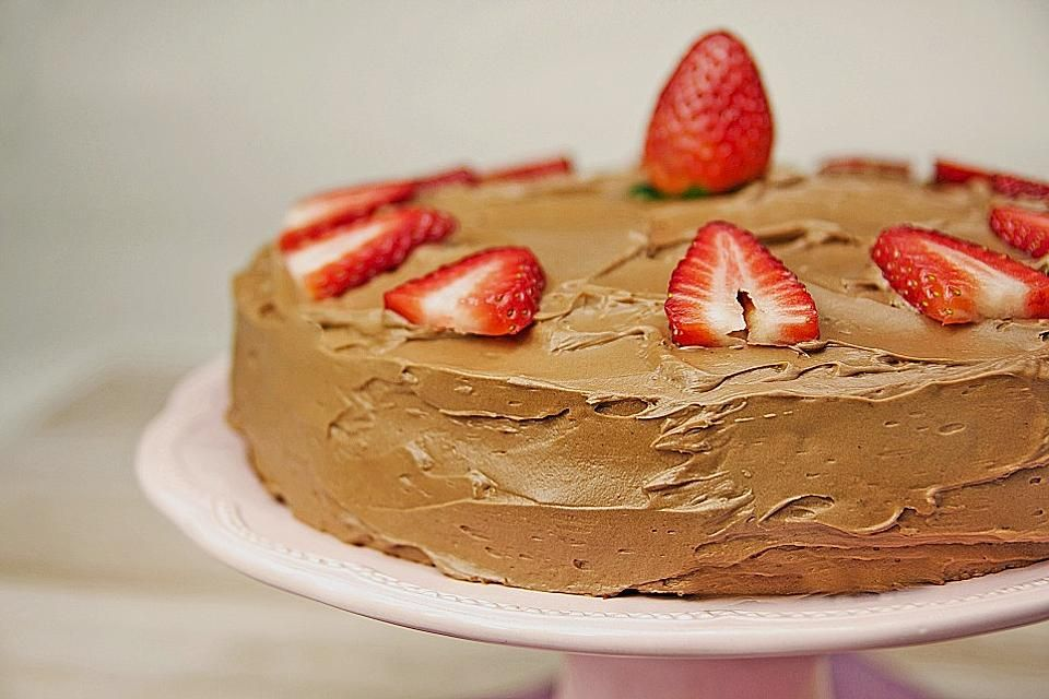 Erdbeer-Schokoladen Torte von dashonigkuchenpferd   Chefkoch
