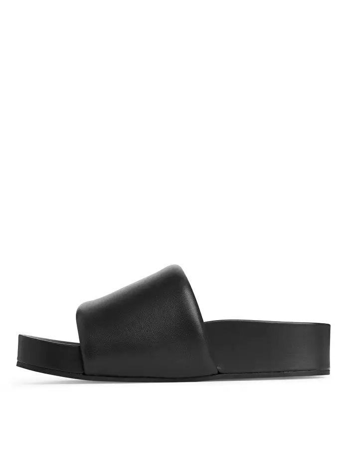 Leather Slide - Black - Shoes - ARKET DE