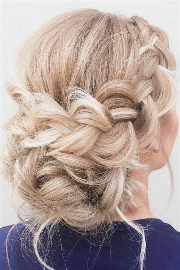 Easy Updos für langes Haar ★ Mehr sehen: lovehairstyles.co … #langes #longhair #lovehairstyles #sehen #updos #WeddingHairstyles