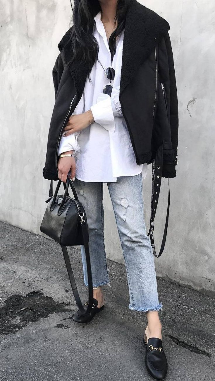 trendy outfit idea for this fall : boyfriend jeans + long shirt + bag + black jacket + loafers