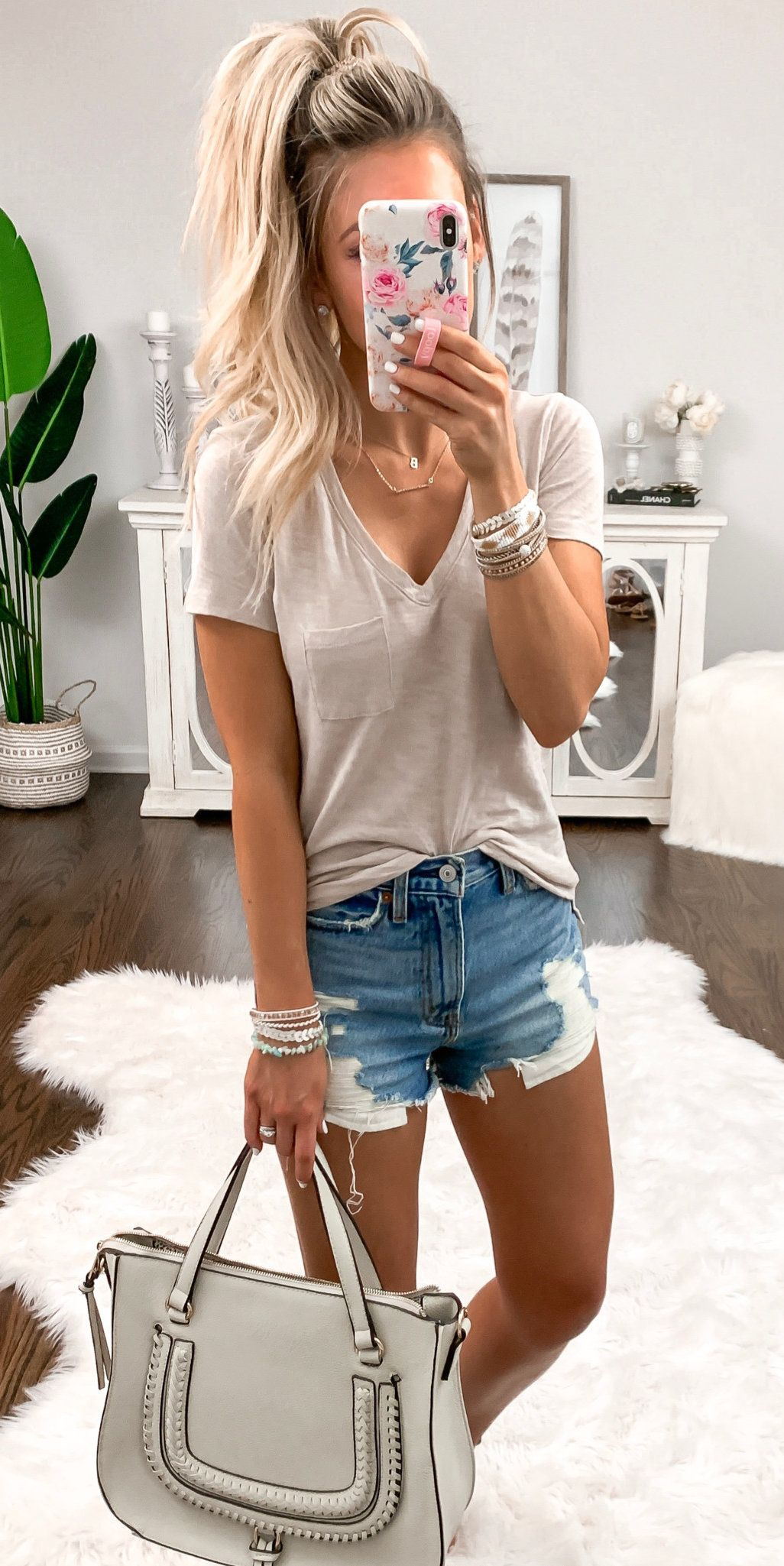 gray V-neck tee shirt #spring #outfits