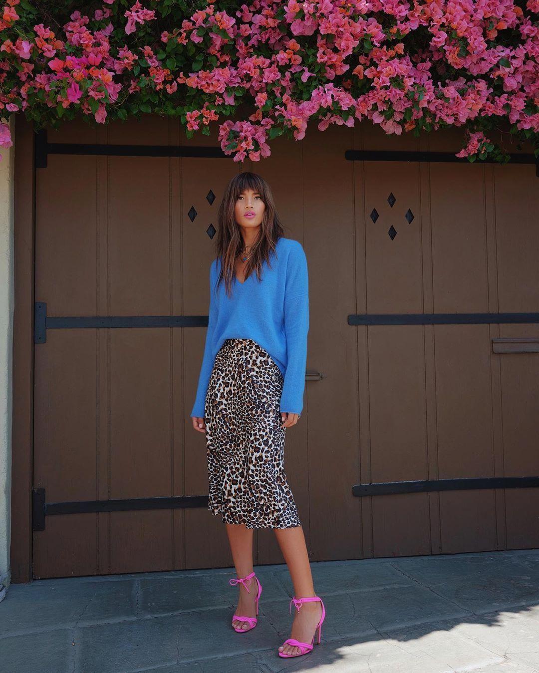 Get the skirt for $60 at express.com – Wheretoget
