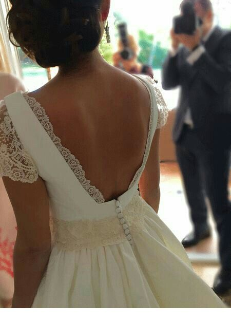 Amazing wedding dress back idea