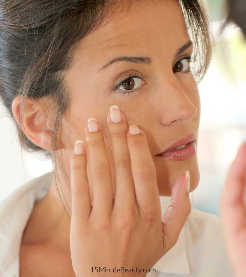 The number of eye creams available can be overwhelming. Which ones are the best and what do dermatologists actually look for? Some of the best doctors out there share with me the active ingredients that they look for when shopping for an eye cream.