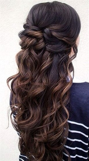 """Half-up Half-down Brunette Hairstyle <a class=""""pintag"""" href=""""/explore/WeddingHairs/"""" title=""""#WeddingHairs explore Pinterest"""">#WeddingHairs</a><p><a href=""""http://www.homeinteriordesign.org/2018/02/short-guide-to-interior-decoration.html"""">Short guide to interior decoration</a></p>"""