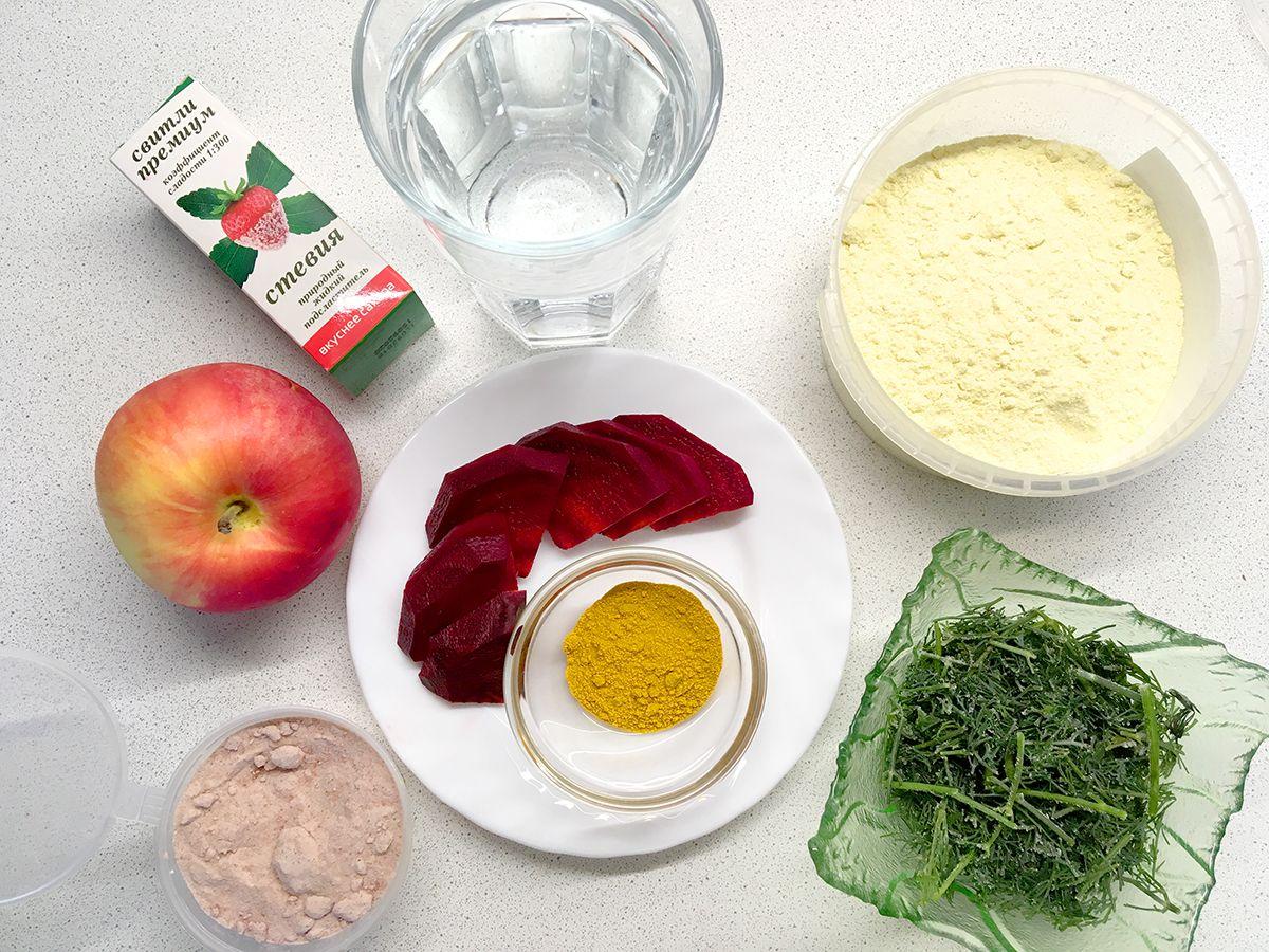 Ингредиенты для рецепта цветных блинчиков. Фото: Evgeniya Shveda