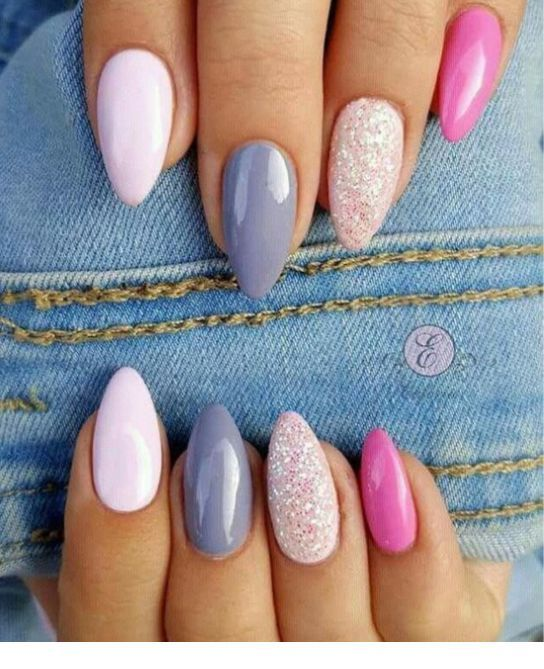 Chic nails with denim