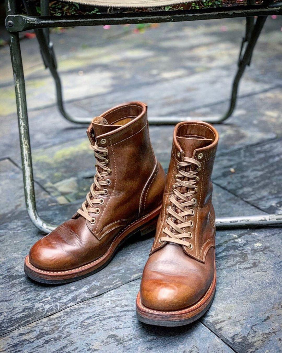 """MOTOSTYLE-STORE on Instagram: """"– お客様のブーツをお手入れしました。 − MOTOR クロムエクセル レースアップブーツ  ナチュラル – 約2年の着用で、アッパーの革は柔らかく、 ソールも良い感じに馴染んでいました。 – ウイスキーカラーのエイジングは、 クロムエクセル・ナチュラルカラーならではです。 –…"""""""
