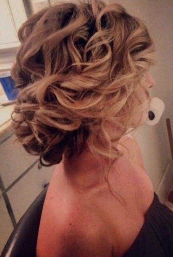 Bridesmaids Hairstyles Waves Ideas