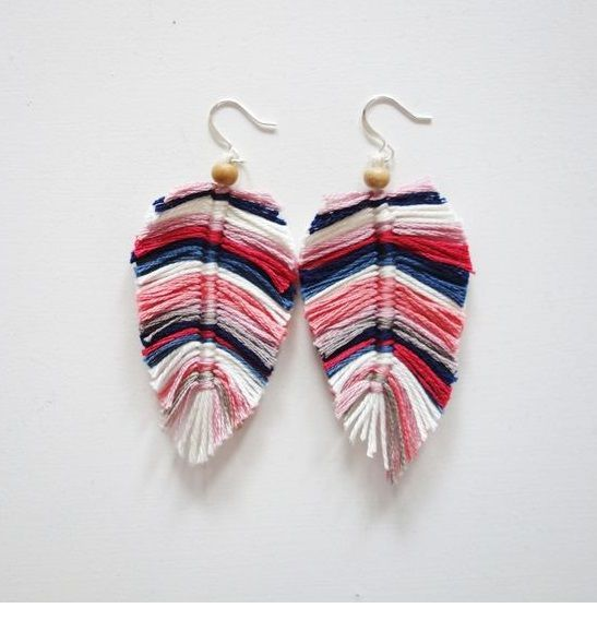 Macrame feathers earrings