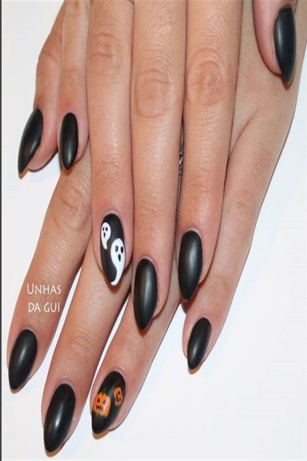 25+ Pretty Short Stiletto Nail Art Designs – Fashonails