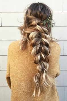 "These bridal hairstyles are perfect for the bohemian and boho loving bride<p><a href=""http://www.homeinteriordesign.org/2018/02/short-guide-to-interior-decoration.html"">Short guide to interior decoration</a></p>"