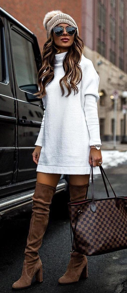 white crew-neck long sleeved shirt #spring #outfits