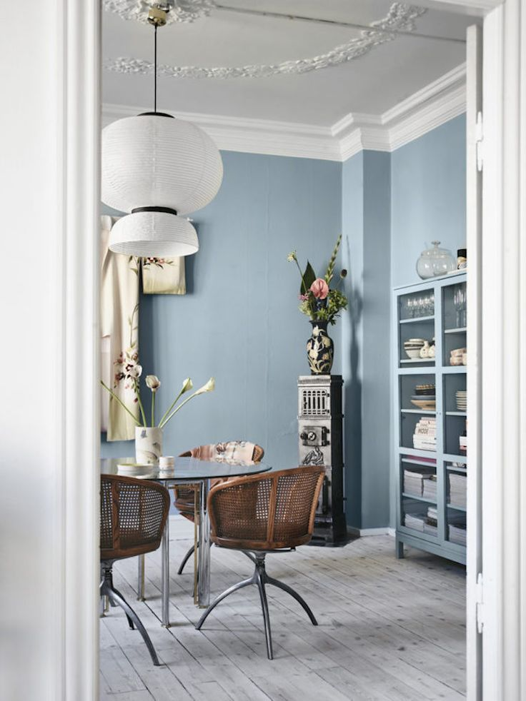 Mid Blue Dining Room Walls in a Period Home