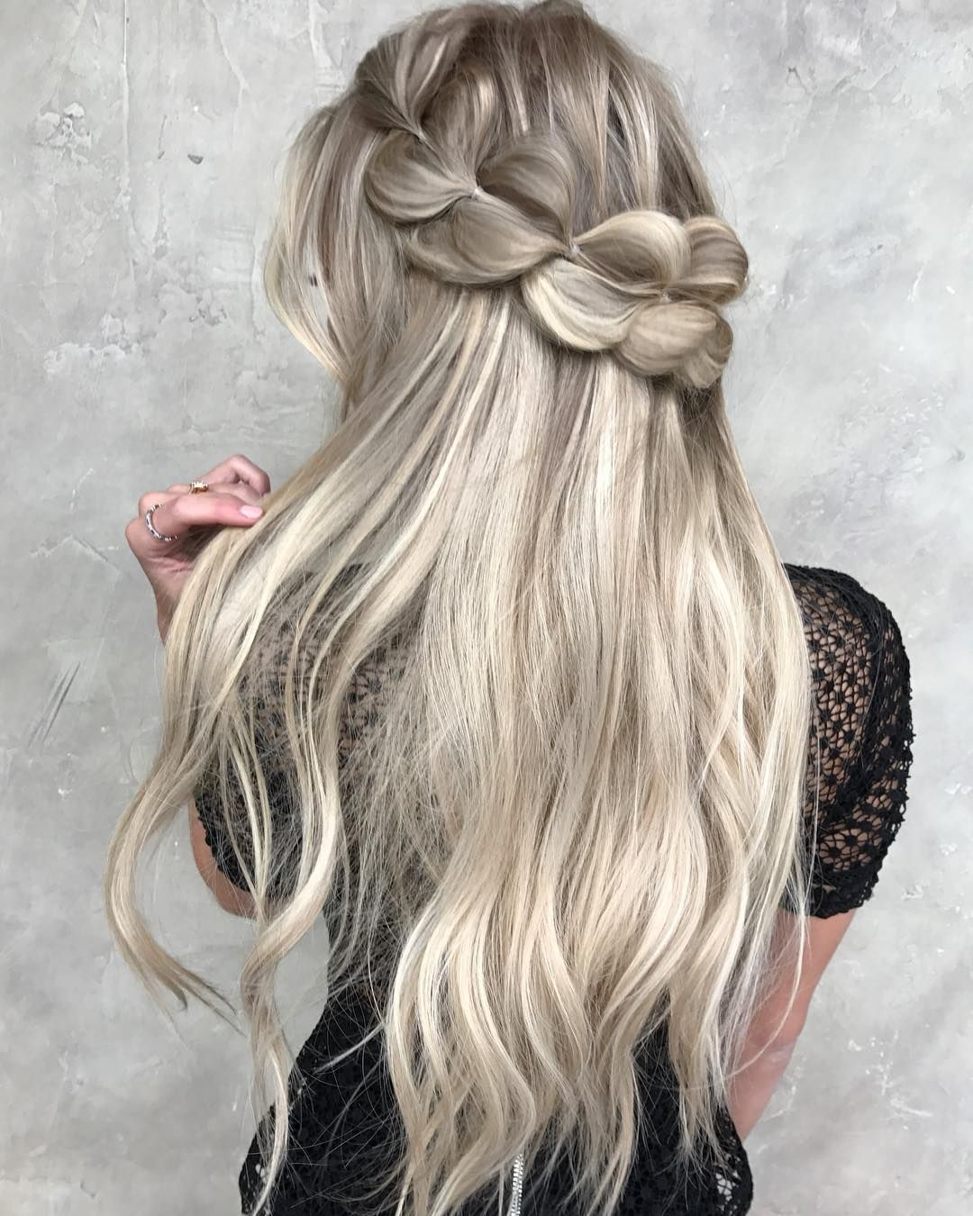 49 Boho Braid Hairstyles to Try – braid hairstyle ,half up half down hairstyle #braids #hairstyles #bohohairstyles