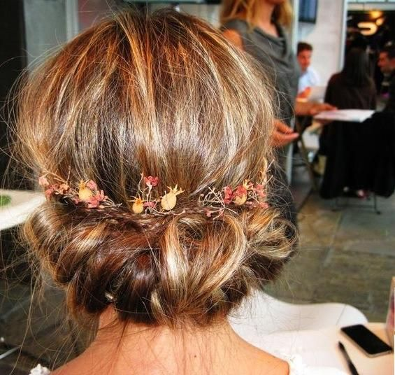 """Messy Party Hairstyle<p><a href=""""http://www.homeinteriordesign.org/2018/02/short-guide-to-interior-decoration.html"""">Short guide to interior decoration</a></p>"""