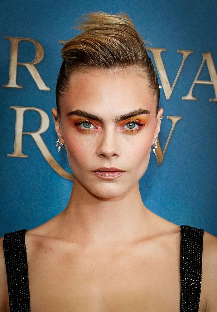 8 New Makeup Trends to Try This Fall — Watercolor Eyes | #CaraDelevingne #watercolormakeup #rainbowmakeup #makeuptrends