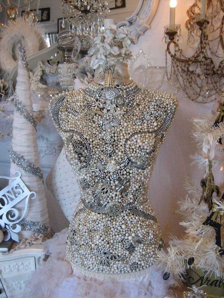 Pin By Glam Girl On Pret T S Dress Form Mannequin Dress Form