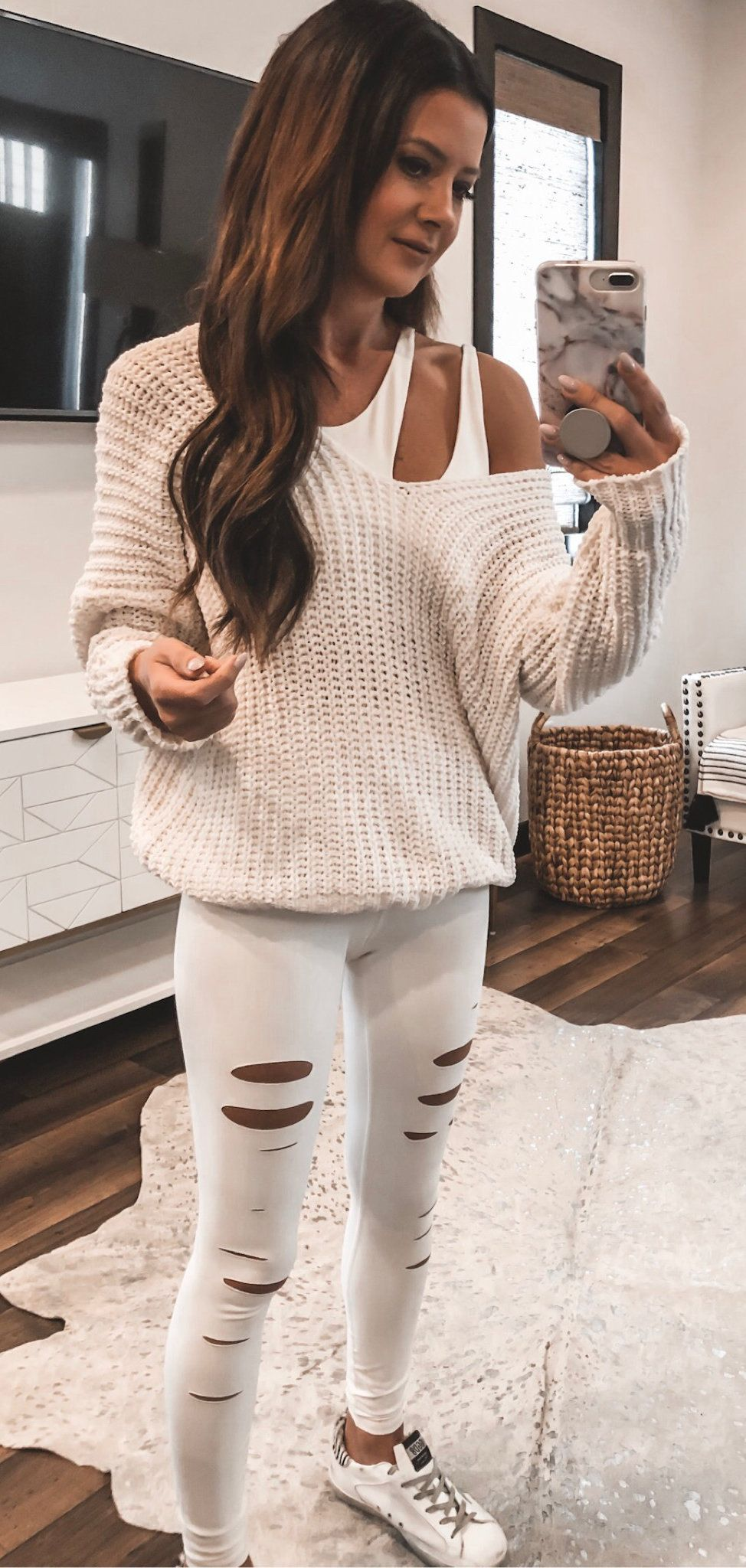 white long-sleeved shirt and jeans #summer #outfits