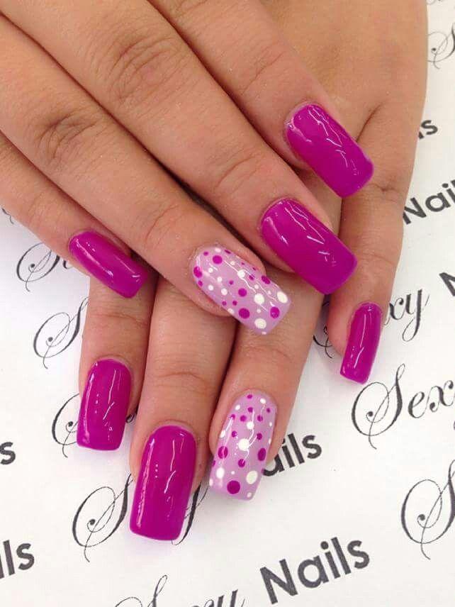 Fiucsia nails