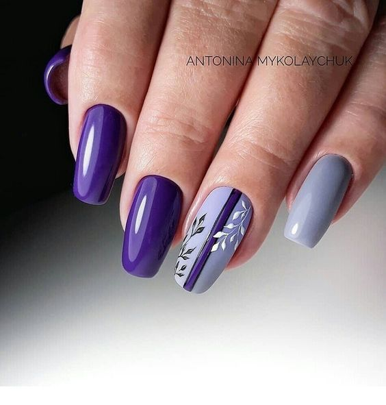 Chic purple nails style