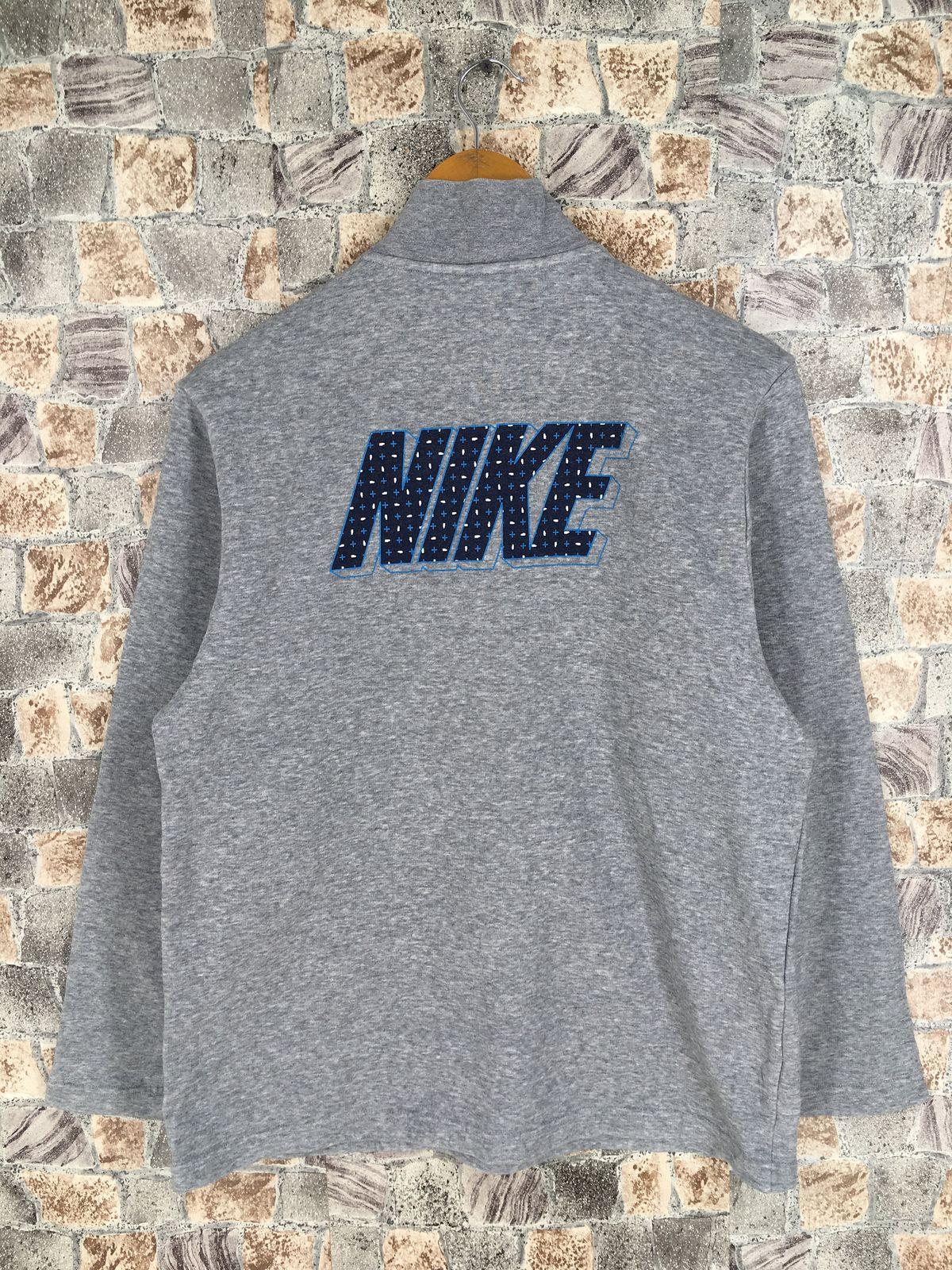 #clothing #women #sweater #halfzip #nikewindbreaker #nikesweatshirt #championsweater #filasweater #nikewomensweater