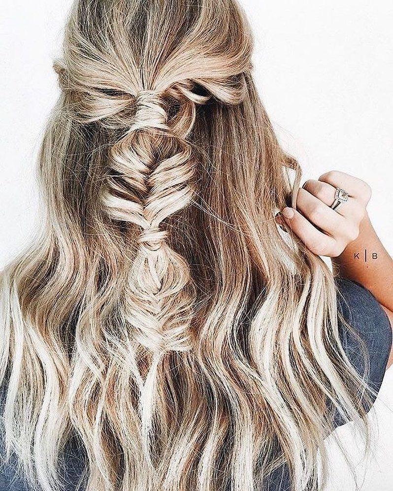 67 Gorgeous Balayage Hair Color Ideas – Pretty dirty blonde hair color pretty braid – Fabmood | Wedding Colors, Wedding Themes, Wedding color palettes