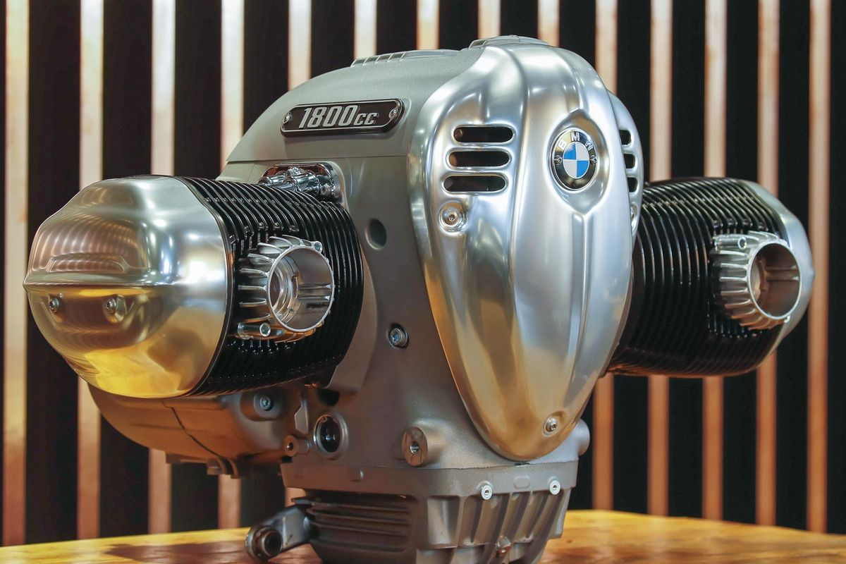 BMW R 18 Big Boxer Motor First Look Inside (8 Fast Facts + Photos)