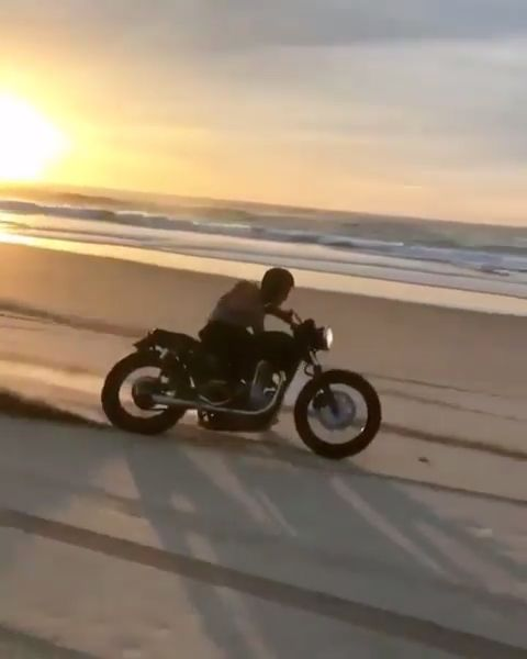 Beach Cafe Racer - This is what happens when you have a Monster Energy for breakfast