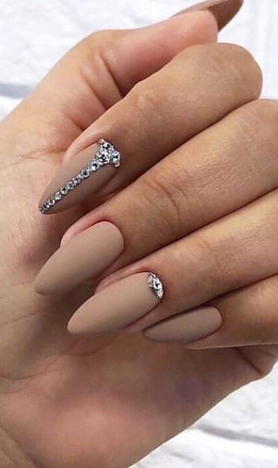 Trendy Nails with Beautiful Designs – isishweshwe
