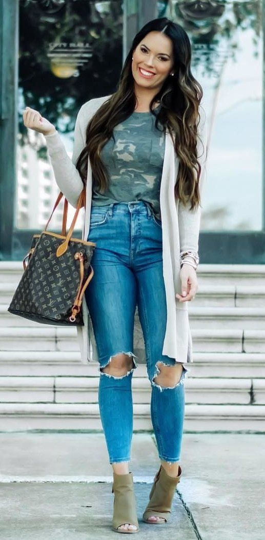 gray cardigan and blue distressed jeans #spring #outfits