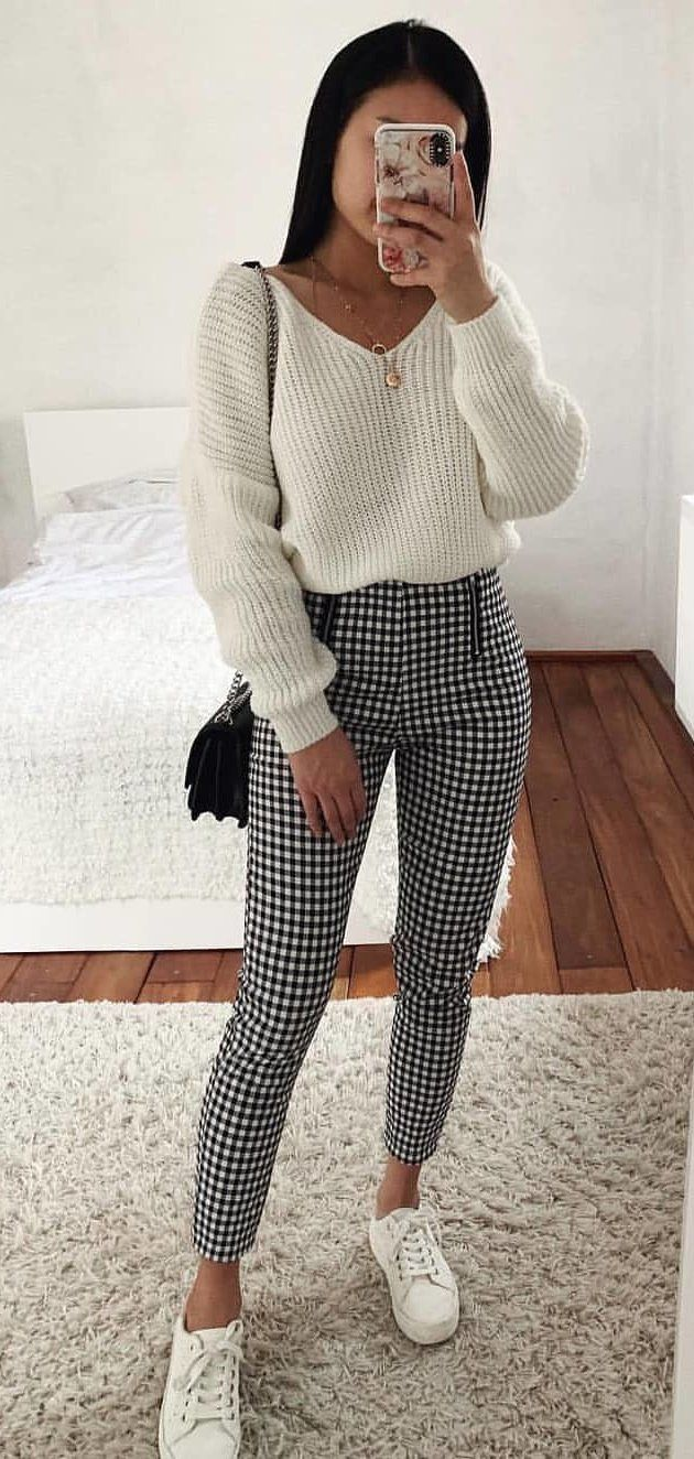 white long-sleeved shirt and gray and black leggings #spring #outfits