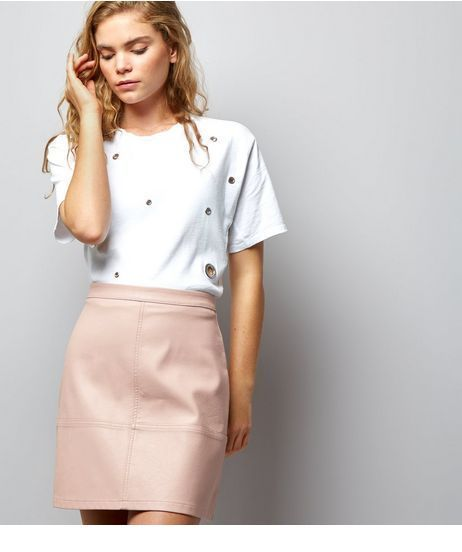 Nice white top and pink skirt
