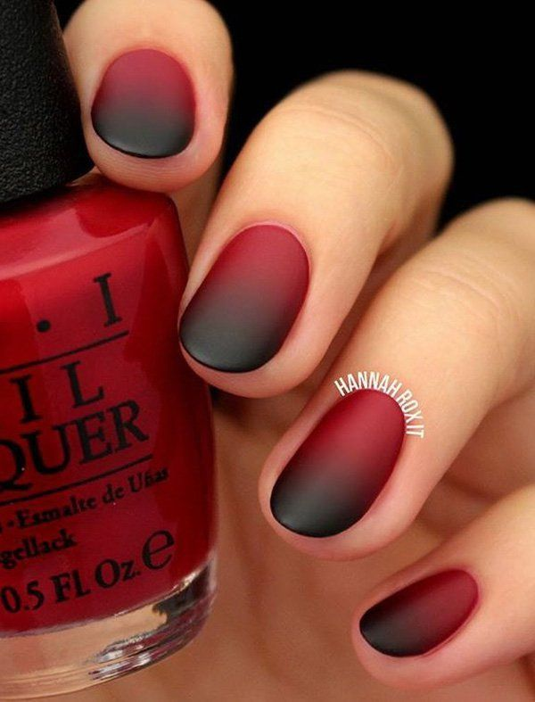 Ombre first became popular in the salons for hair care and then transferred in manicure. Modern for a few seasons, it will be the right choice, especially with such a strong autumn colors like red and black.
