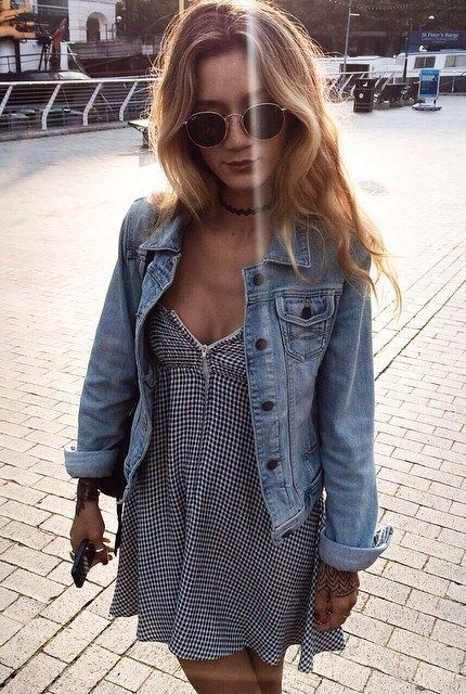 outfit of the day_denim jacket and plaid sundress