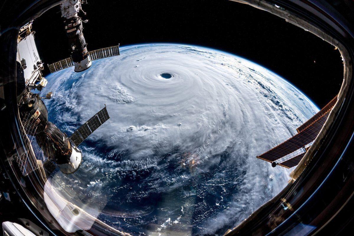الإعصار ترامي يضرب سواحل اليابان