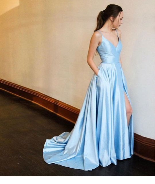 Glam long blue dress, perfect for me