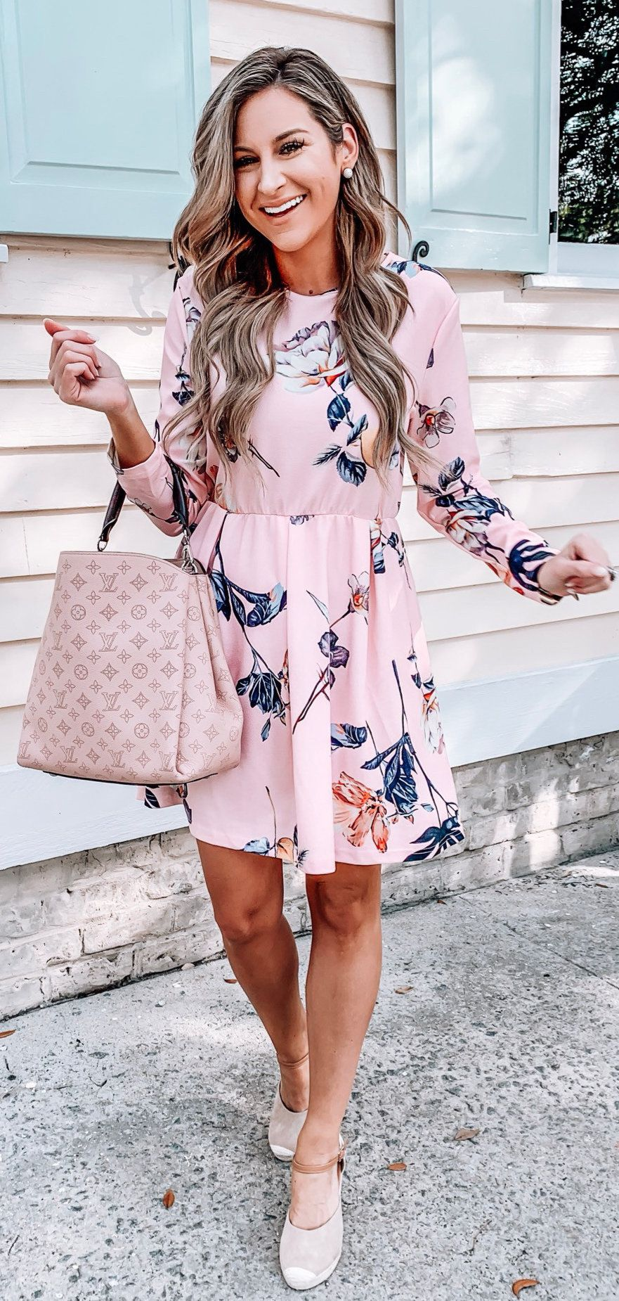 white and black floral print dress #winter #outfits
