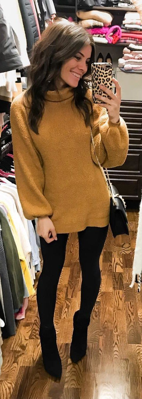 brown turtle-neck long-sleeved shirt