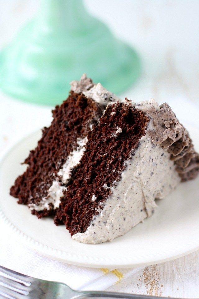 Chocolate Cookies and Cream CakeDelish