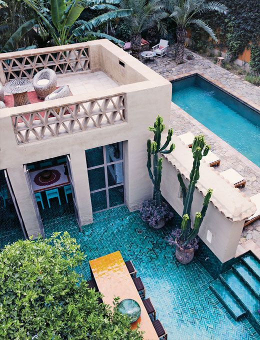 Those blue tiles are exactly the ones my dream home has. So much blue everywhere, and there is a wonderful pool too!!