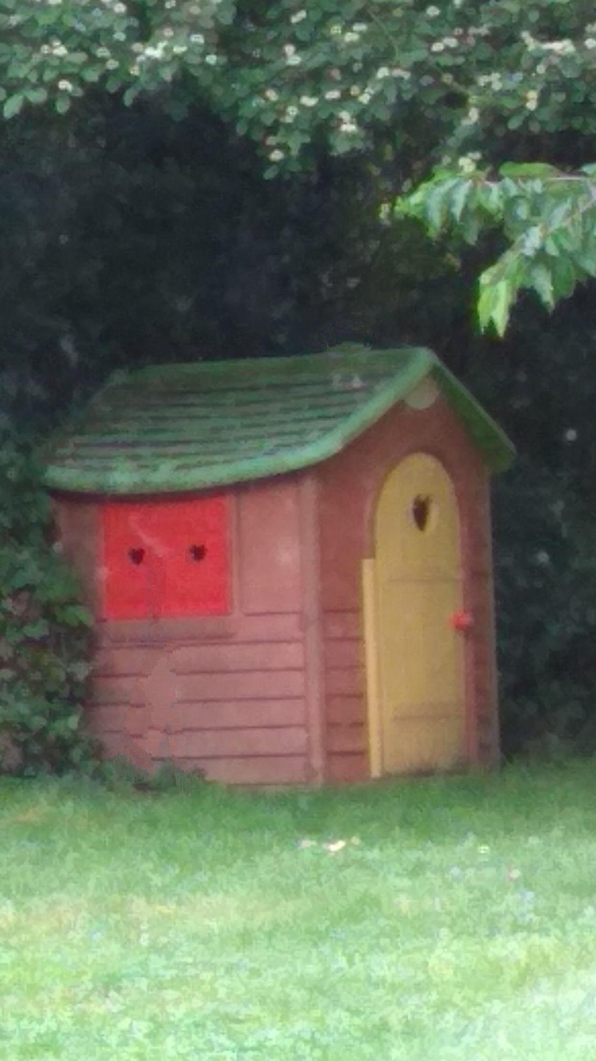 Petite Maison De Jardin Enfant Petite Maison De Jardin Maison Jardin Enfant Jardin Maison