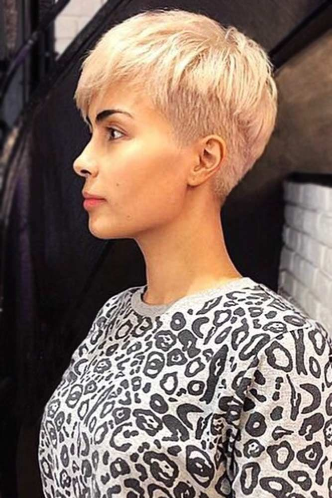 "Chic Pixie With A Hint Of Bowl <a class=""pintag"" href=""/explore/bowlcut/"" title=""#bowlcut explore Pinterest"">#bowlcut</a> <a class=""pintag"" href=""/explore/shorthair/"" title=""#shorthair explore Pinterest"">#shorthair</a> ★ The good-old bowl cut is making a comeback! If you are looking for a new, exceptional style, check out our ideas: modern textured bowl pixie cuts, shaggy bob bowls, ideas with short bangs, undercut bowl, and lots of inspo are here! ★ See more: <a href=""https://glaminati.com/bowl-cut/"" rel=""nofollow"" target=""_blank"">glaminati.com/…</a> <a class=""pintag"" href=""/explore/glaminati/"" title=""#glaminati explore Pinterest"">#glaminati</a> <a class=""pintag"" href=""/explore/lifestyle/"" title=""#lifestyle explore Pinterest"">#lifestyle</a><p><a href=""http://www.homeinteriordesign.org/2018/02/short-guide-to-interior-decoration.html"">Short guide to interior decoration</a></p>"