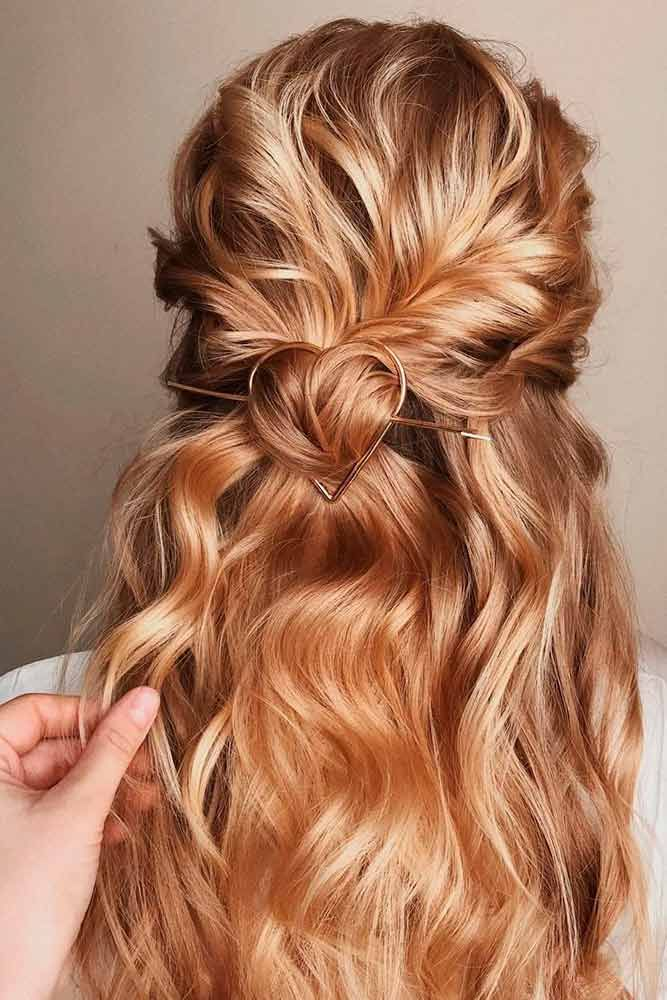 Wavy Twisted Half-Up #blondehair #wavyhair ★ Discover trendy easy summer hairstyles 2019 here. We have pretty ideas for long, short, and for medium hair. #glaminati #lifestyle #summerhairstyles
