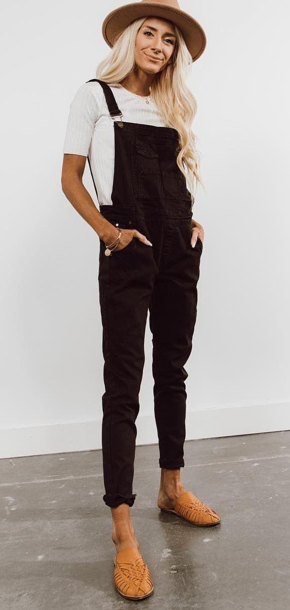 black sleeveless dress #spring #outfits