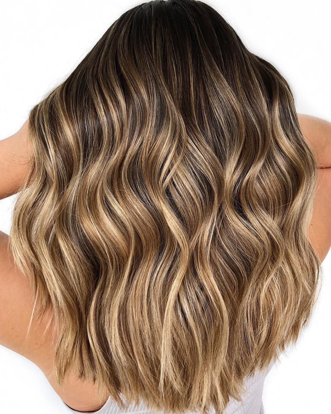 24 Gorgeous Balayage Hair Color Idea,Beachy balayage hair color ##balayage #blondebalayage #hairpainting #hairpainters #bronde #brondebalayage #highlights #ombrehair
